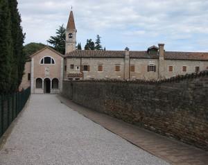754px-San_Francesco_del_Deserto_02